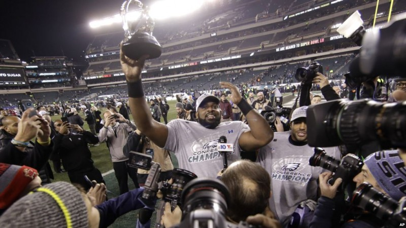Eagles arrollan 38-7 a Vikings y van al Super Bowl