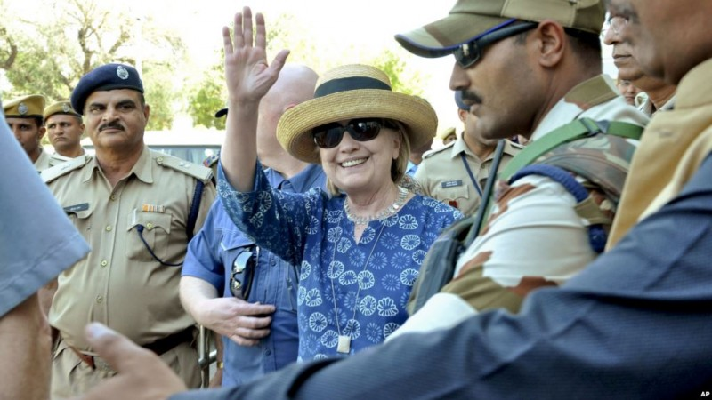 Former US secretory of state Hillary Clinton comes out from jodhpur airport on her arrival Jodhpur on Tuesday.She comes here for visit Jodhpur.