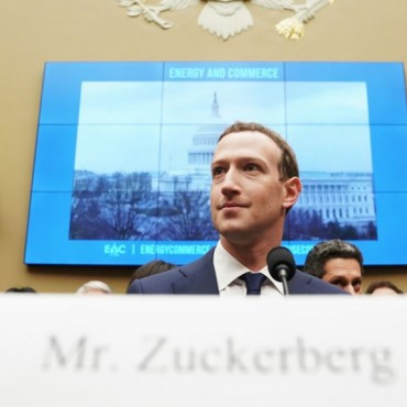 "Zuckerberg: ""Inevitable"" la regulación de Internet"