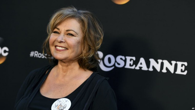 "arrives at the Los Angeles premiere of ""Roseanne"" on Friday, March 23, 2018 in Burbank, Calif. (Photo by Jordan Strauss/Invision/AP)"