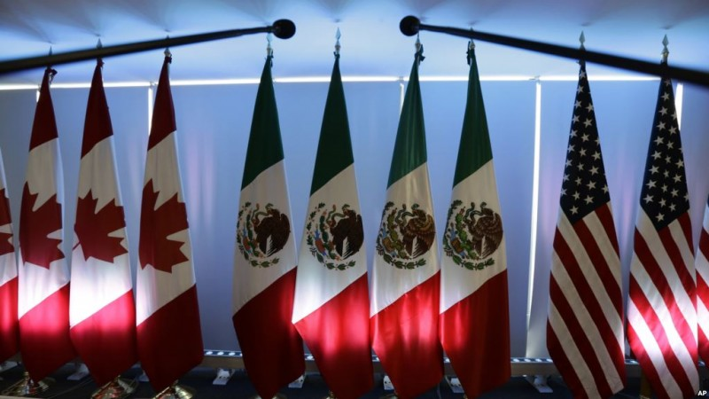 Canada, the U.S. and Mexico during the second round of NAFTA renegotiation talk  in Mexico City. Tuesday, Sept. 5, 2017.(AP Photo/Marco Ugarte)