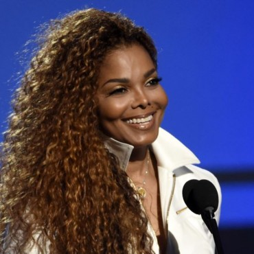 Janet Jackson ingresa al Salón de la Fama del Rock and Roll