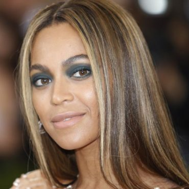 "Beyoncé crea banda sonora para su documental ""Homecoming"""